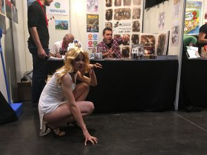 Salón del Cómic de Zaragoza 2016 - Cosplay en el stand de afterCOMIC